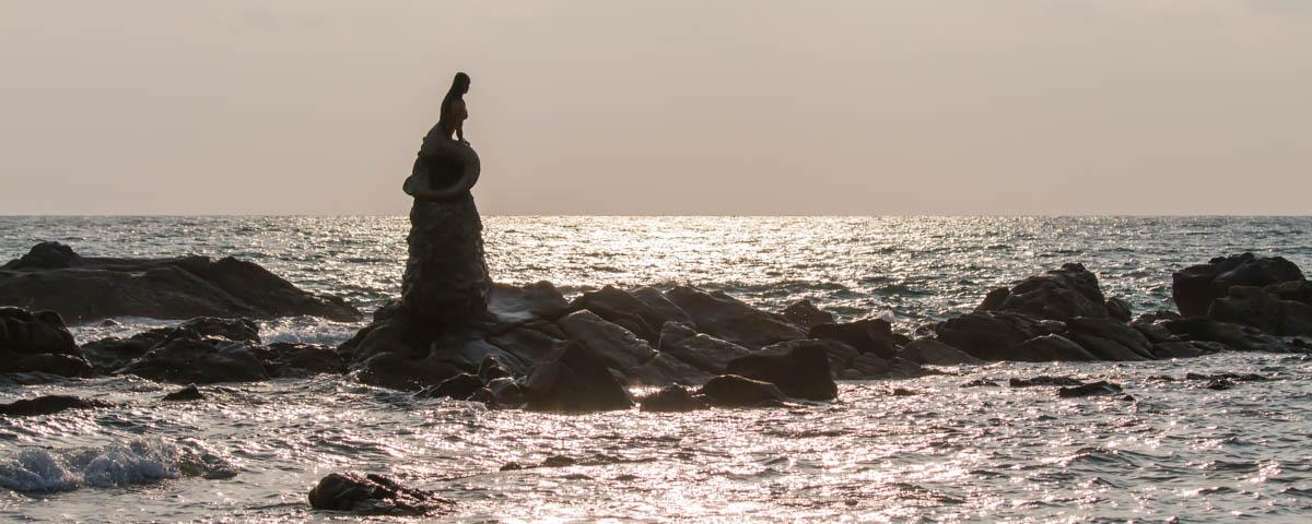 Ngapali-Beach_-_Mermaid-of-Ngapali-Beach
