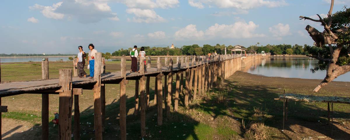 Myanmar-Amarapura-U_Bein_Bridge