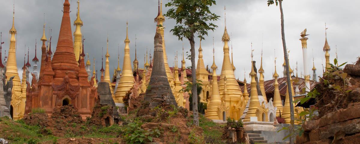 Myanmar-Inle_Lake-Shwe_Inn_Thein_Pagoda-Stupa_Garden