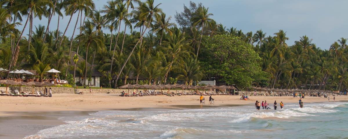 Myanmar-Ngapali_Beach-Bay_of_Ngapali_Beach