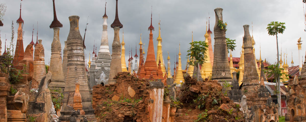 Myanmar-Inle_Lake-Shwe_Inn_Thein_Pagoda-old_and_new