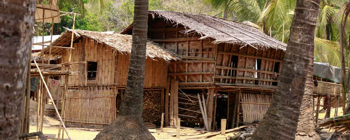 Pan-Paung_-_Chin-Village_-_Pan-Paung_-_Houses