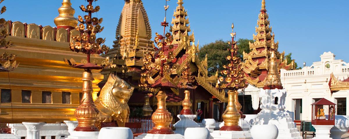 Myanmar - Bagan - Shwe Zi Gone Pagoda