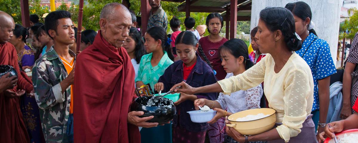 myanmar-kalaw-myoma_monastery_festival-1882w.jpg